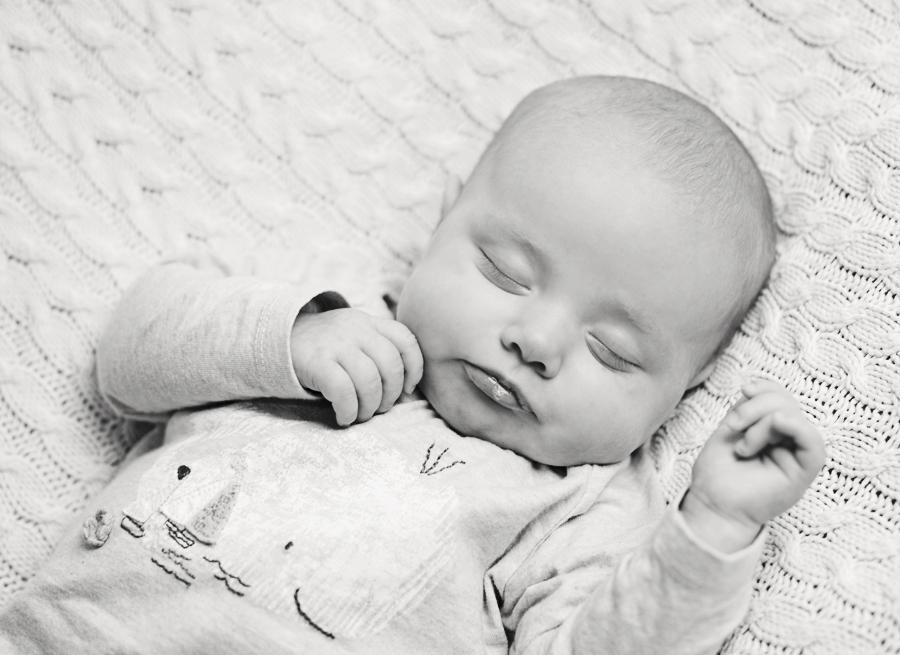 The Magic of White Noise - Photo Baby